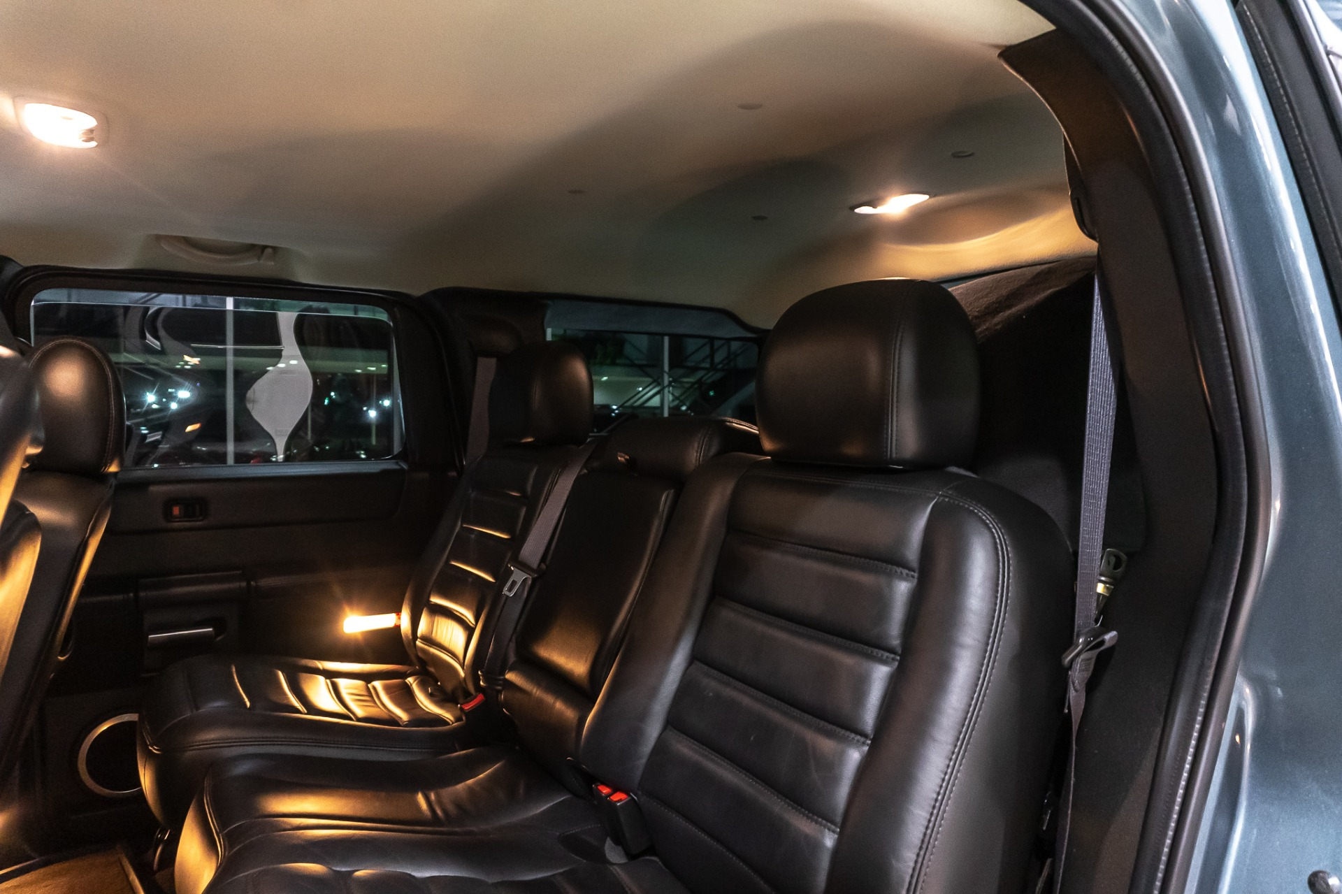 Used-2005-HUMMER-H2-SUV-RARE-STEALTH-GRAY-UPGRADES-VERY-CLEAN