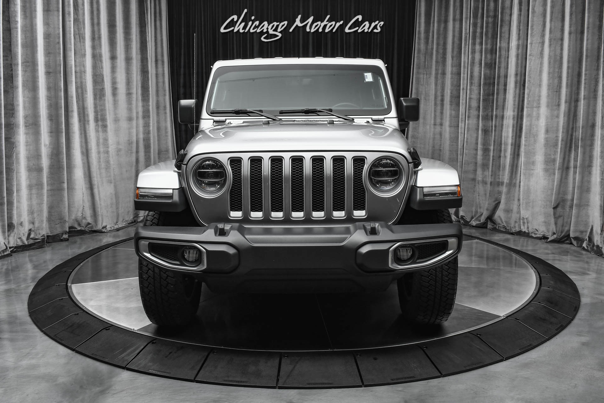 Used-2018-Jeep-Wrangler-Unlimited-Sahara-JL-4x4-Full-Leather-Alpine-Sound-System-UConnect-84