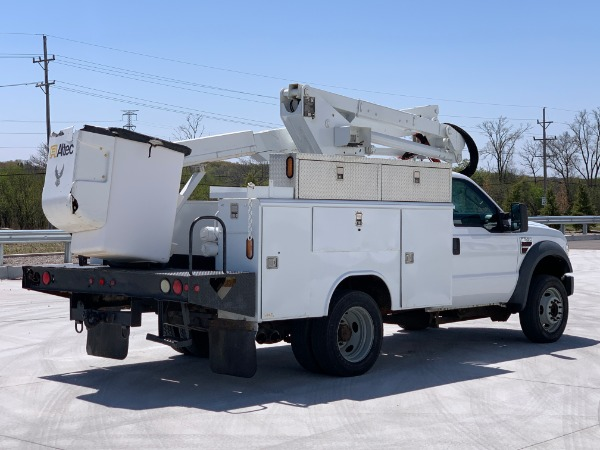 Used-2008-Ford-Super-Duty-F-550-XLT-DRW-2dr-Bucket-Truck