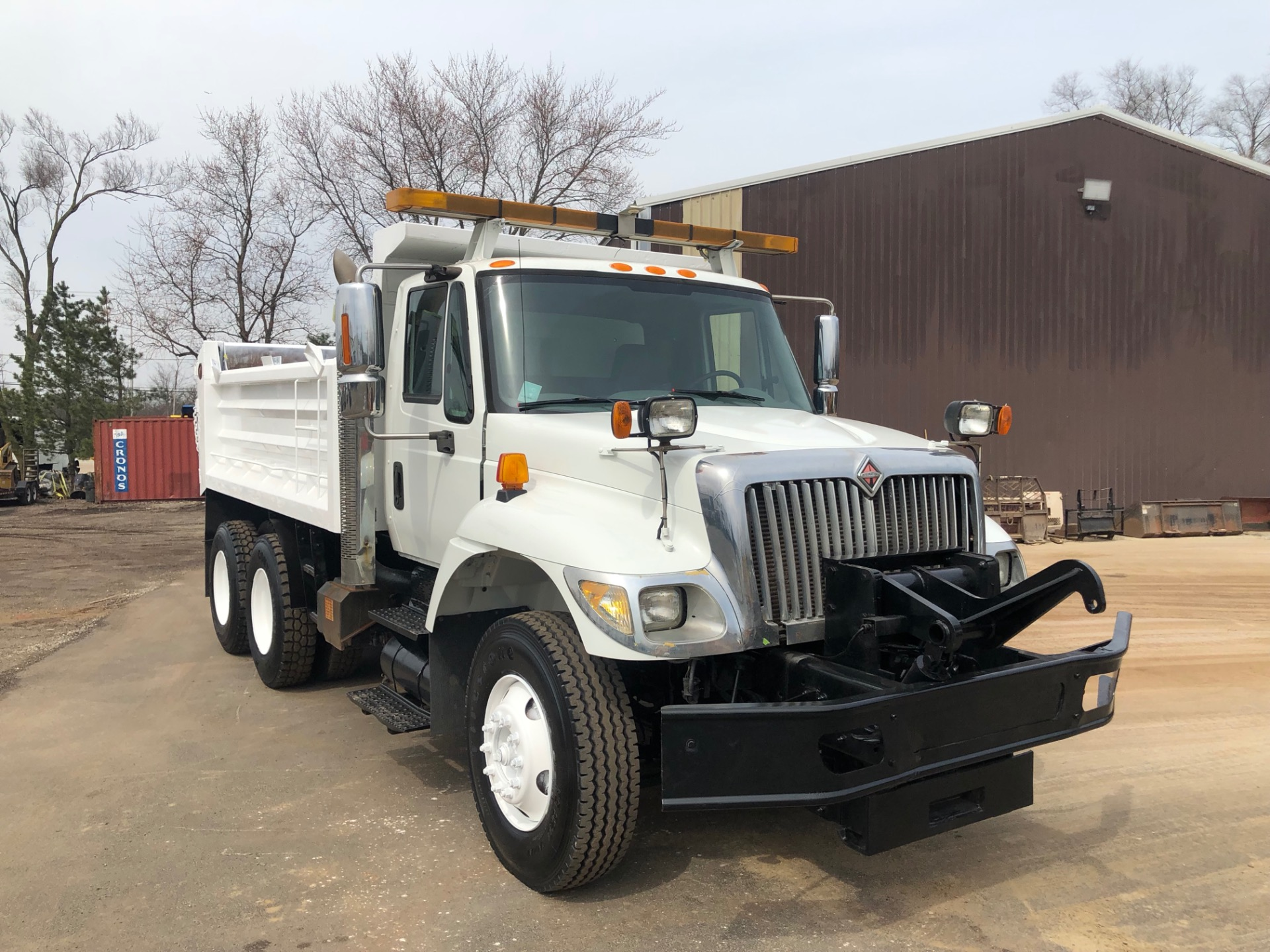 Used 2003 International 7400 **Dump Truck** For Sale (Special