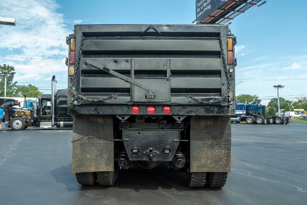 Used-2003-International-7400-Dump-Truck