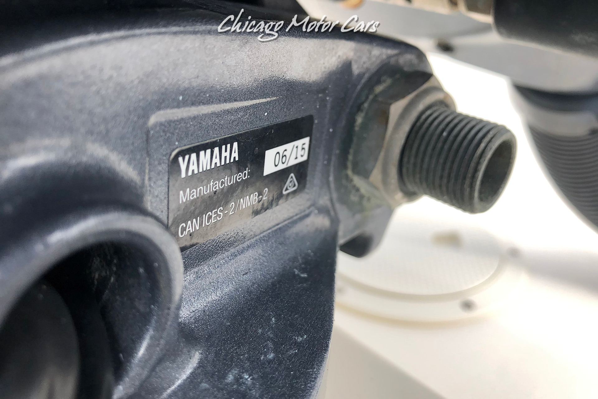Used-2002-Pursuit-3070-Walkaround-Yamaha-Outboard-4-Stroke-with-Trailer