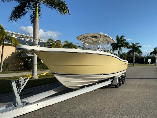 Used-2005-Pursuit-3070CC-Boat