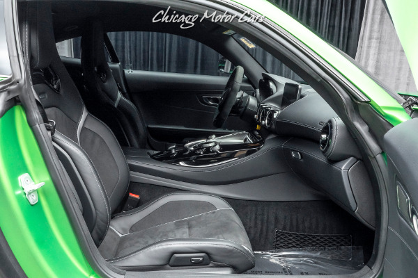 Used-2018-Mercedes-Benz-AMG-GTR-Coupe-GREEN-HELL-MAGNO-PAINT-CARBON-FIBER