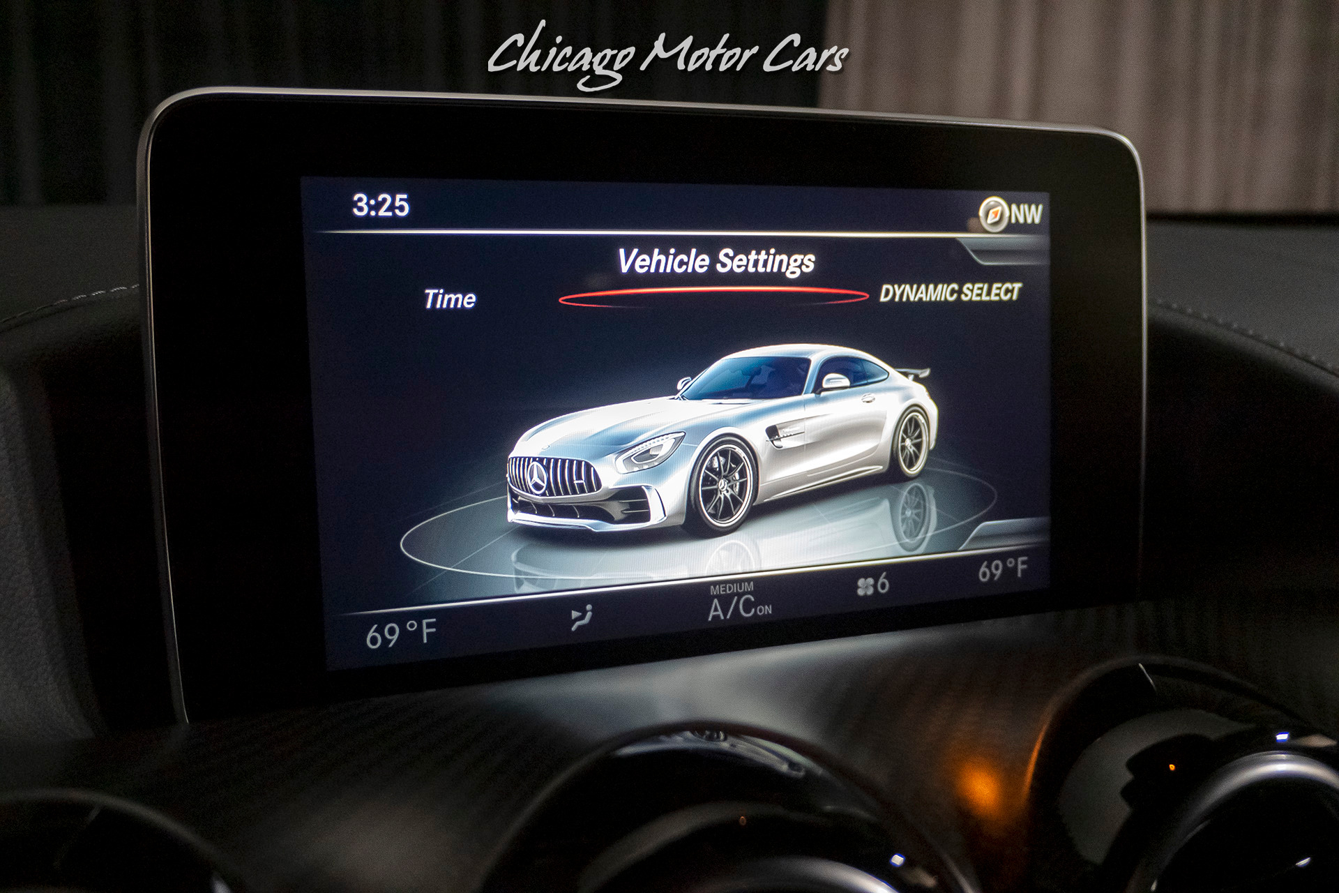 Used-2018-Mercedes-Benz-AMG-GTR-Coupe-GREEN-HELL-MAGNO-PAINT-MSRP-184k-CARBON-FIBER