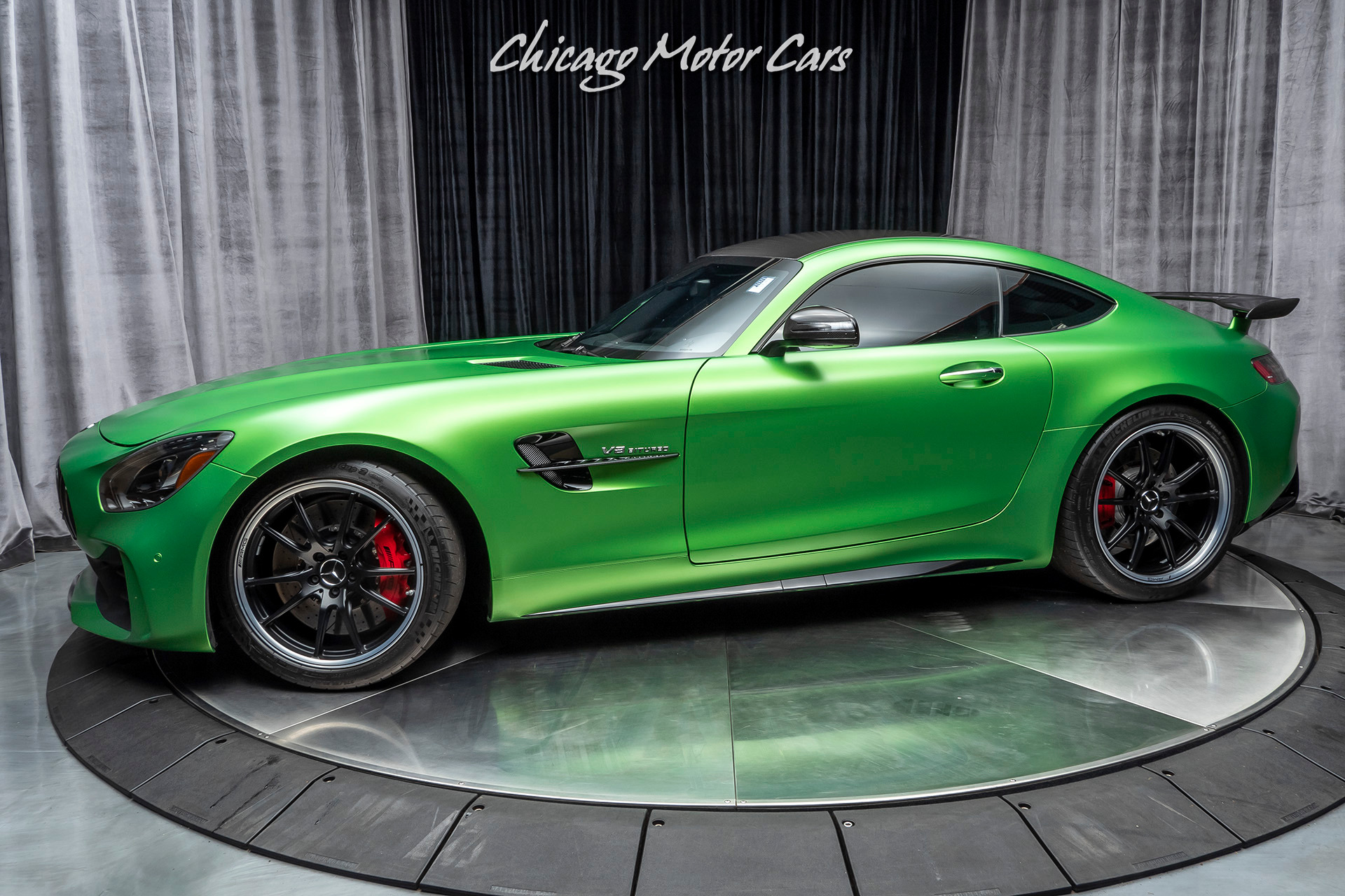 used 2018 mercedes benz amg gtr coupe for sale 149 800. Black Bedroom Furniture Sets. Home Design Ideas