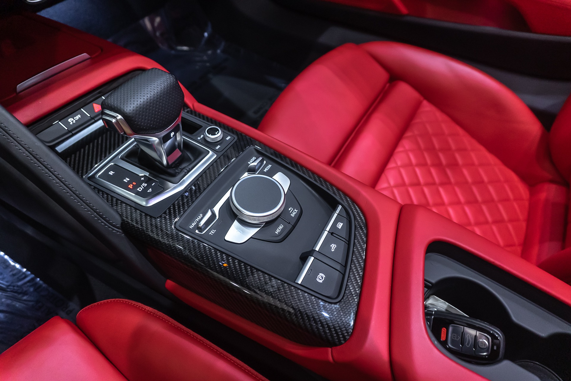Used 2018 Audi R8 Spyder V10 Plus Convertible Msrp 220 390 25k In Upgrades For Sale Special Pricing Chicago Motor Cars Stock 17049