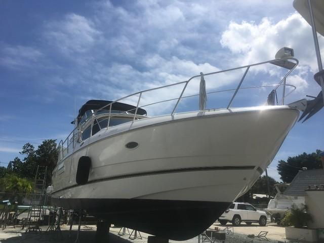 Used-2000-Cruisers-4450-Boat