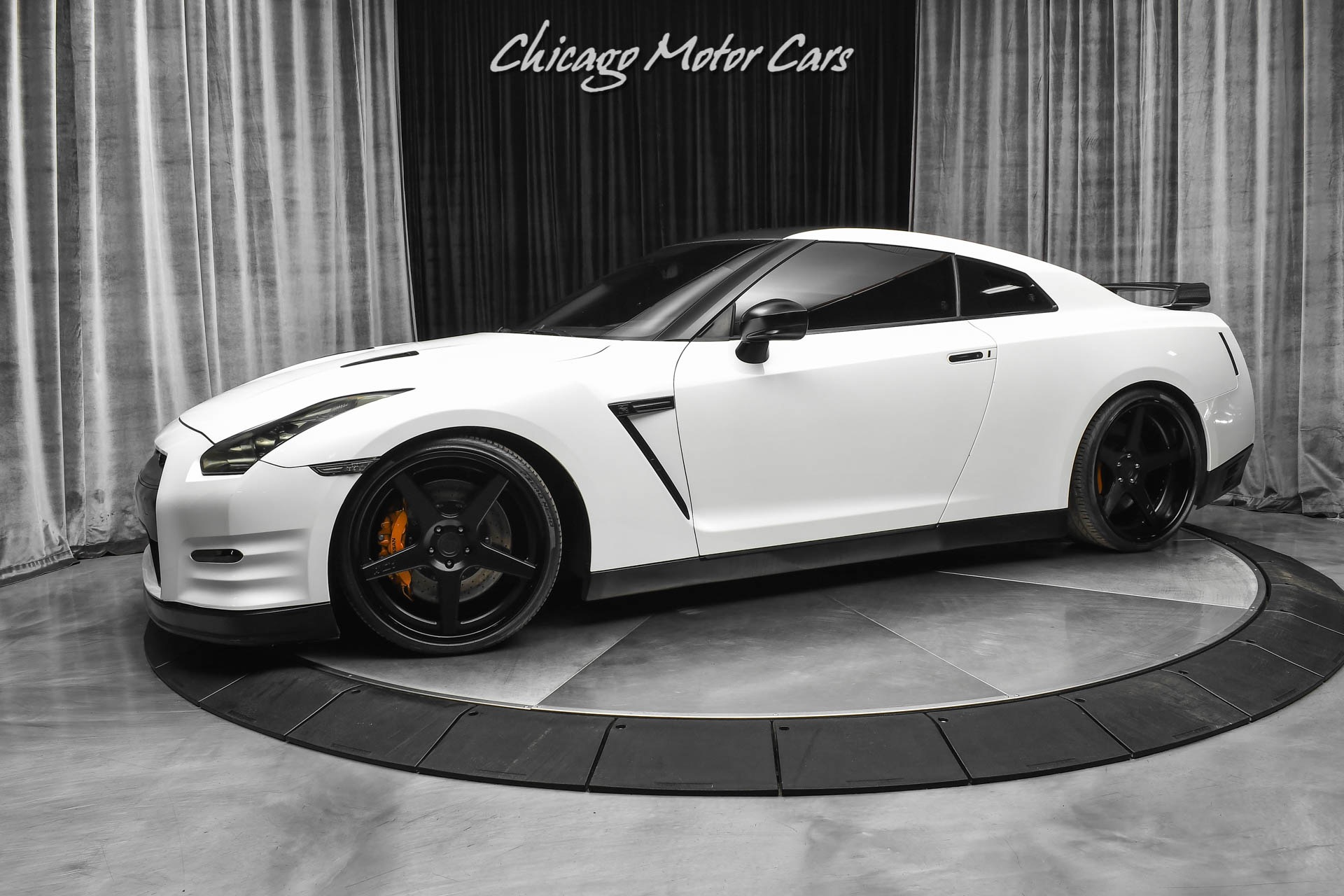 Used-2013-Nissan-GT-R-Black-Edition-800HP-UPGRADED-TURBOS