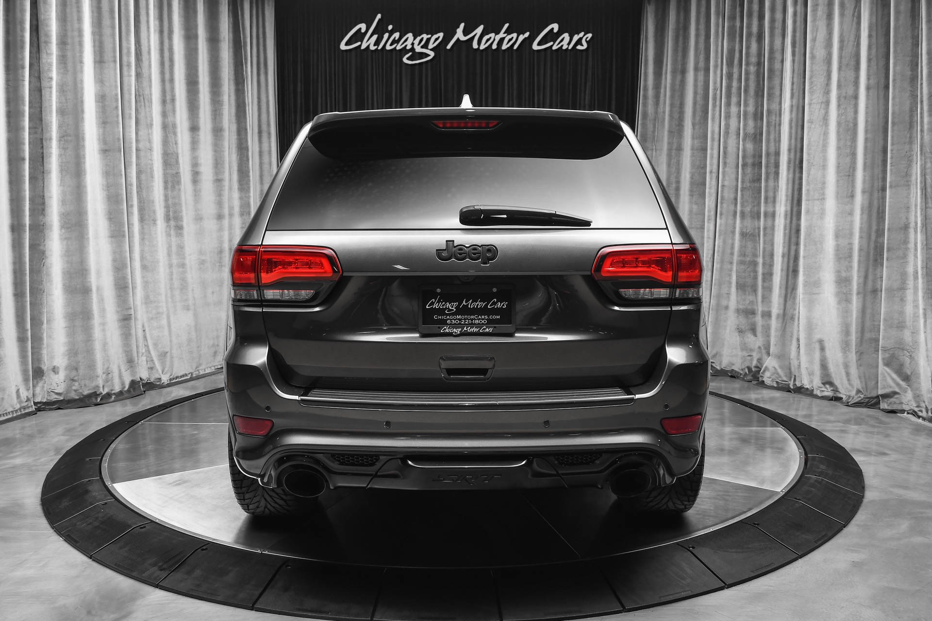 Used-2019-Jeep-Grand-Cherokee-SRT-SUV-Only-3500-Miles-BREMBO-BRAKES
