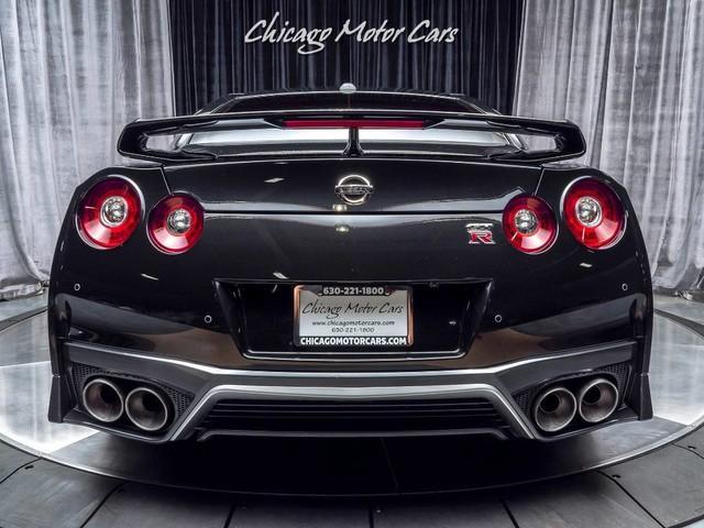 Used-2018-Nissan-GT-R-Premium-Coupe-FACTORY-TITANIUM-EXHAUST