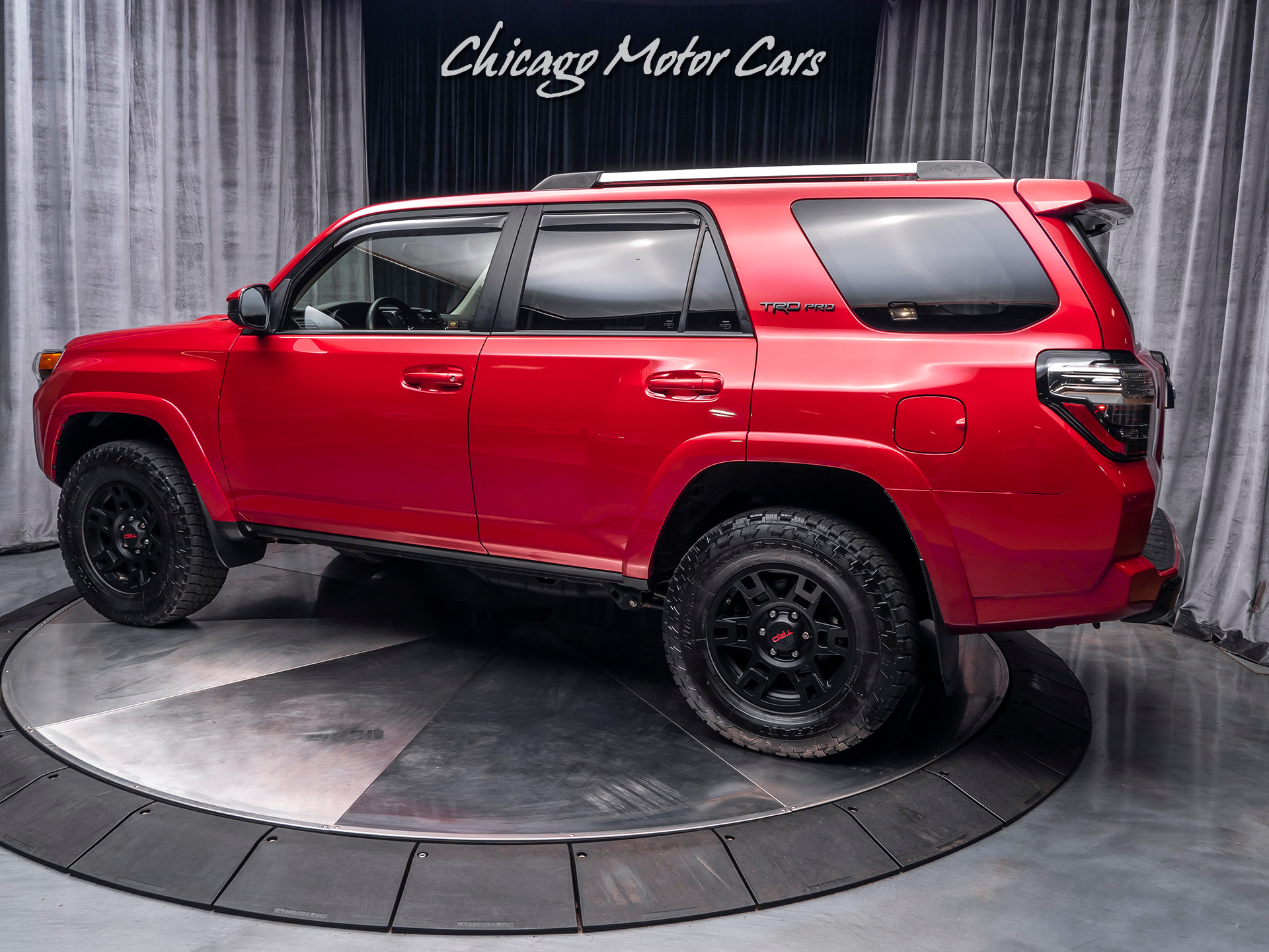 Used-2017-Toyota-4Runner-TRD-Pro-4WD-SUV-TOP-OF-THE-LINE