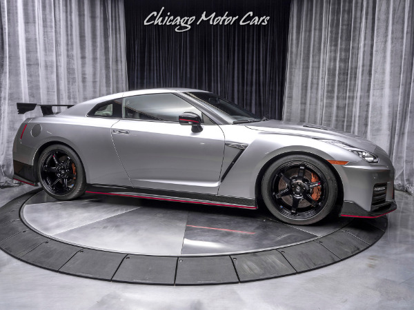 Used-2018-Nissan-GT-R-NISMO-Coupe-SUPER-RARE-EXAMPLE
