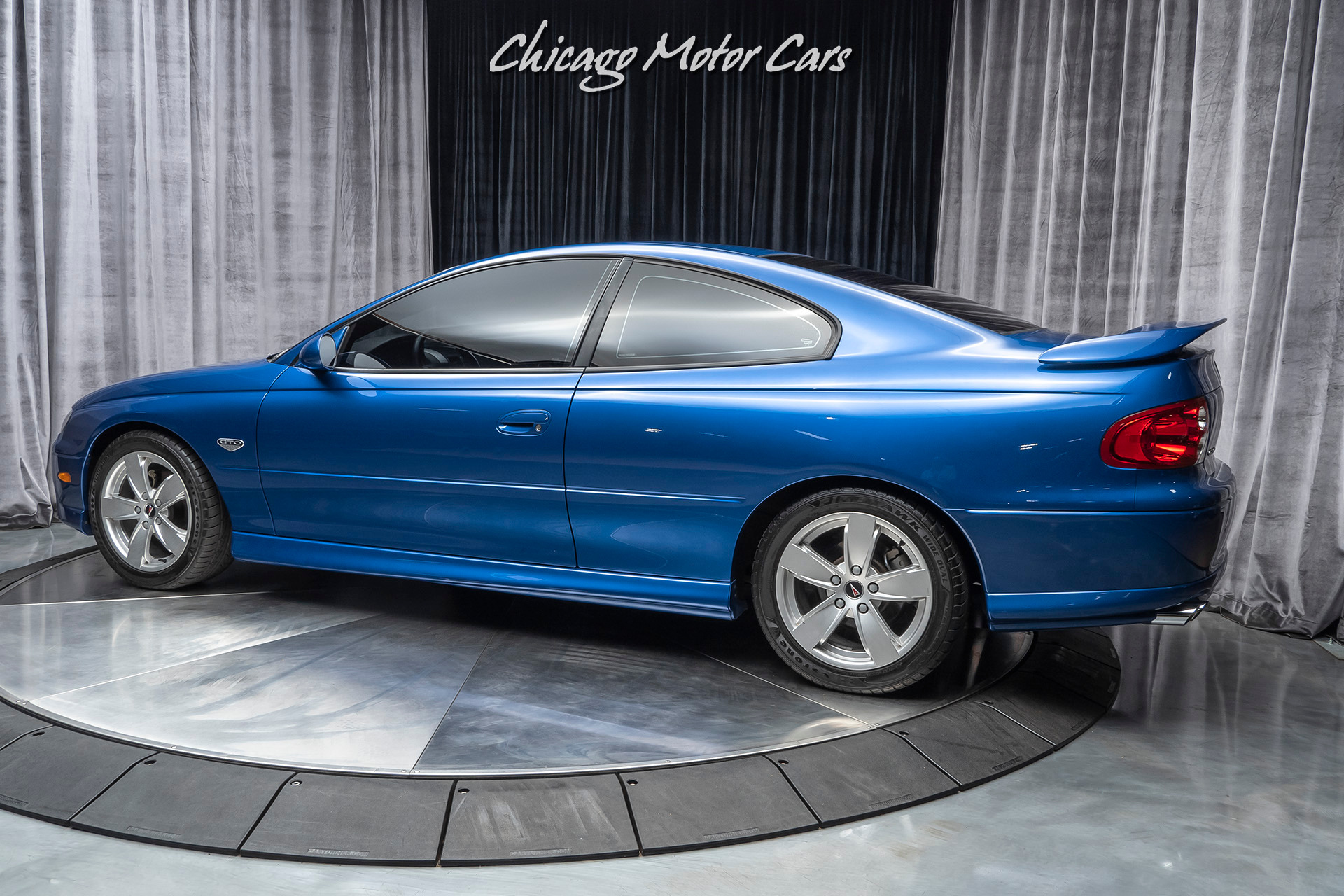 Used-2004-Pontiac-GTO-Coupe-6-SPEED-MANUAL-ONLY-11K-MILES