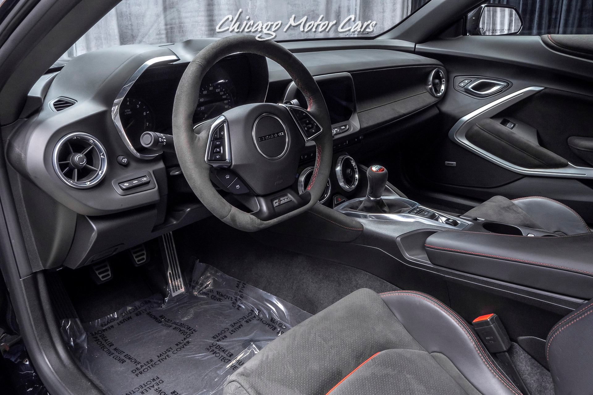 Used-2017-Chevrolet-Camaro-ZL1-Coupe-ONLY-3900-MILES-CARBON-FIBER-HOOD-INSERT