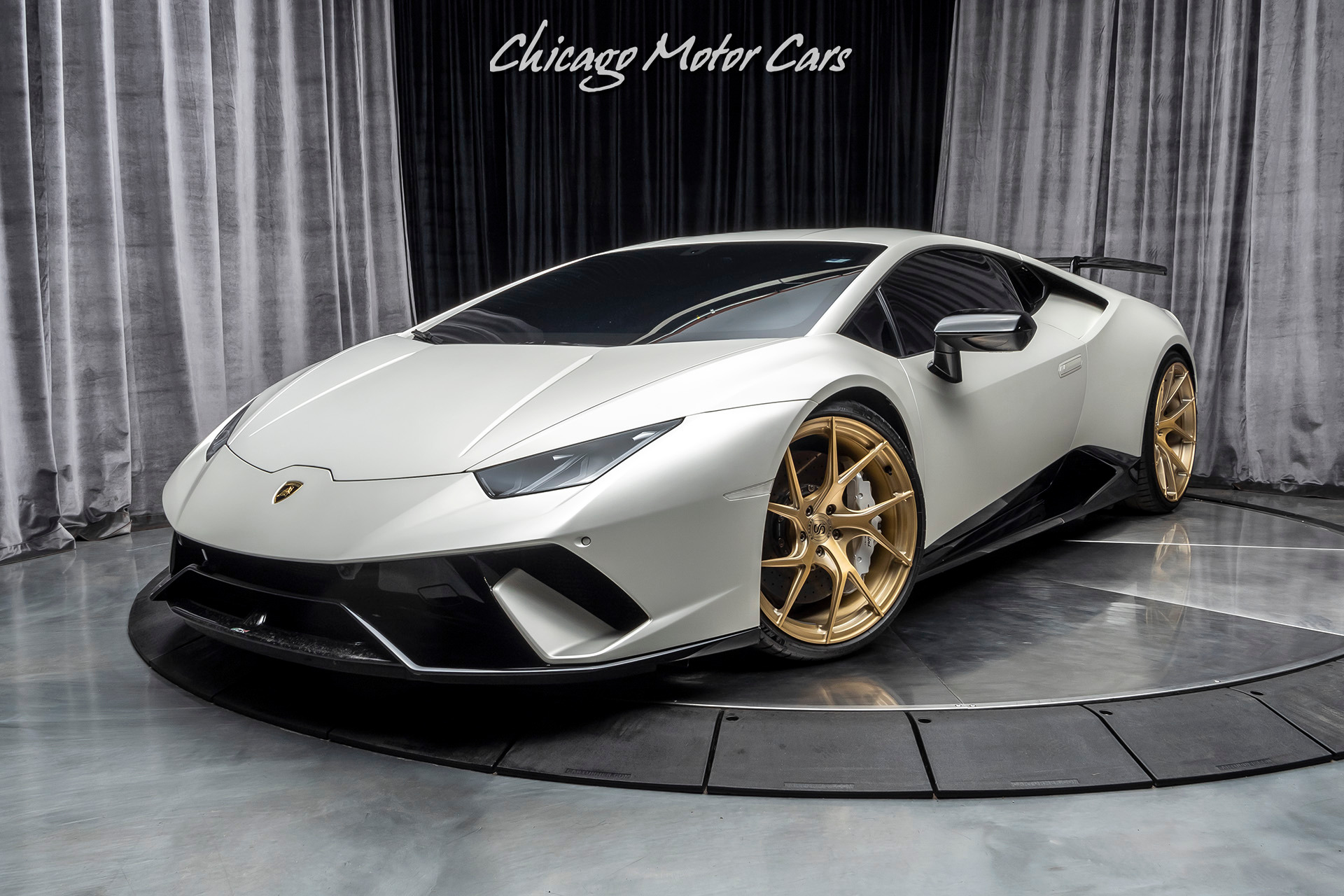 Used-2018-Lamborghini-Huracan-LP640-4-Performante-VF-SUPERCHARGED-Factory-Matte-White-High-MSRP