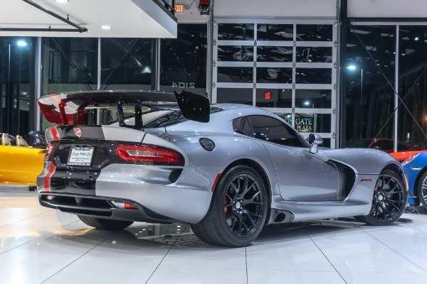 Used-2016-Dodge-Viper-ACR-Coupe-EXTERIOR---INTERIOR-CARBON-FIBER