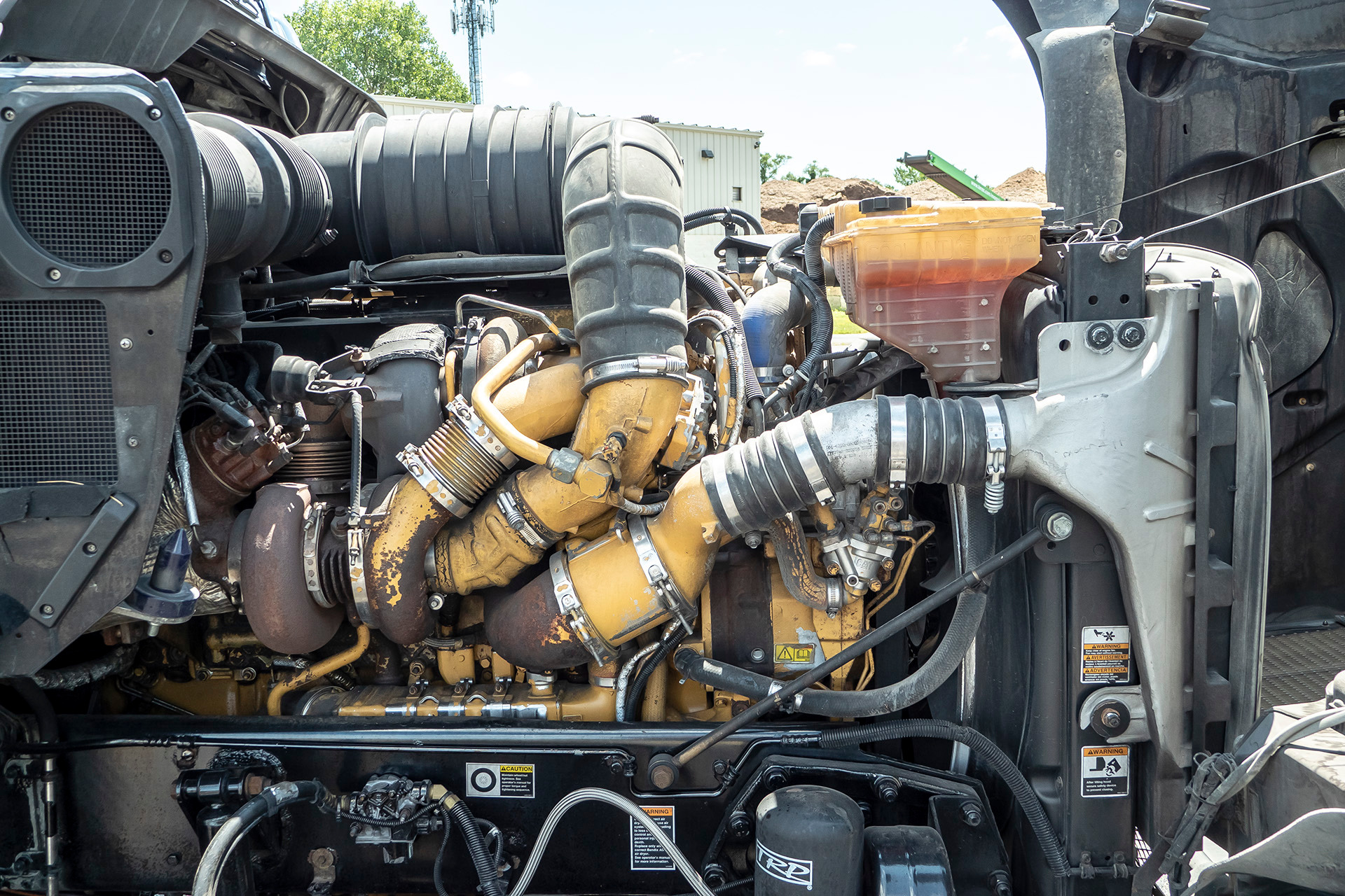 Used-2009-Kenworth-T800-Day-Cab-152L-TURBOCHARGED-DIESEL-ENGINE