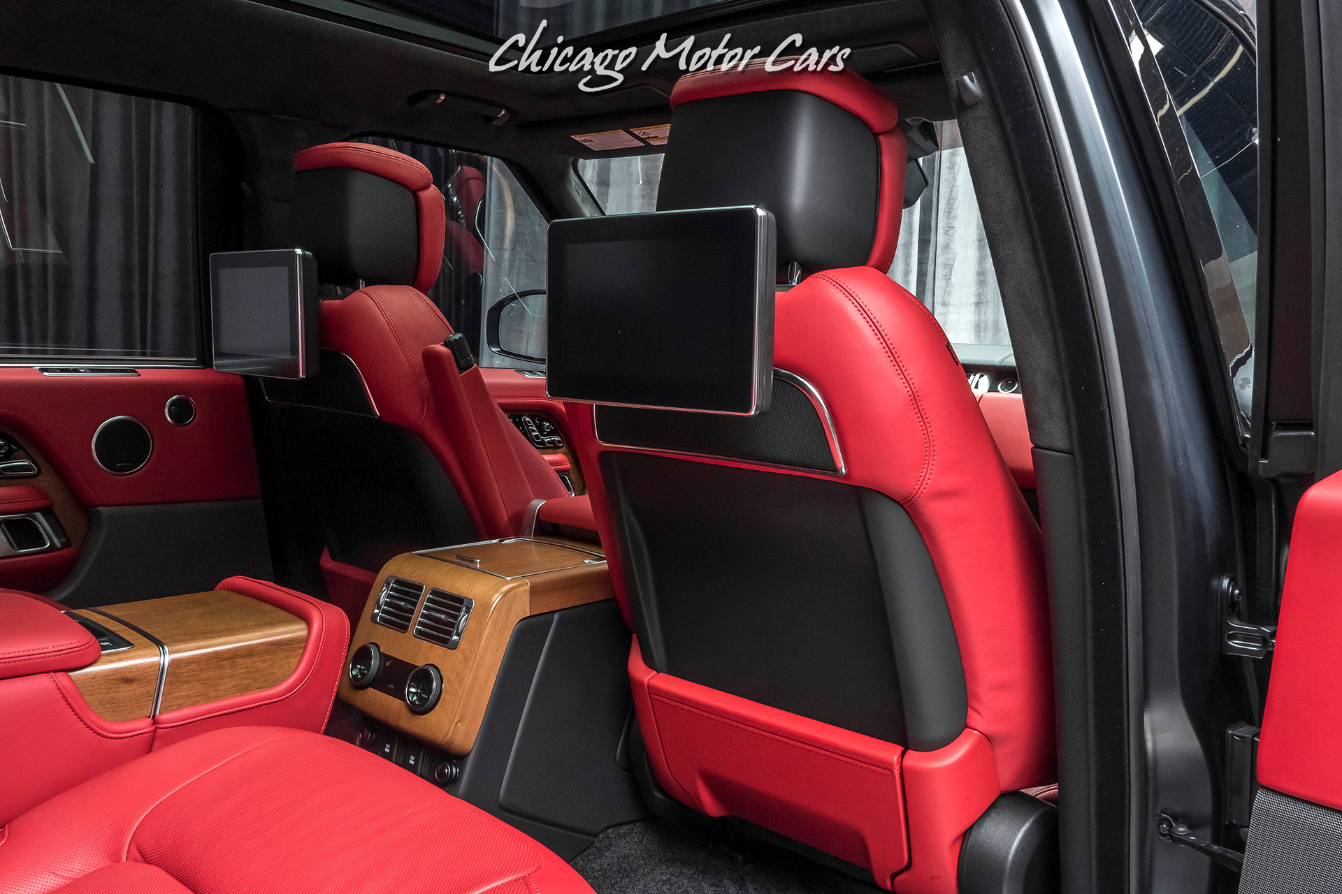 Used-2019-Land-Rover-Range-Rover-Autobiography-LWB-RARE-Matte-Black-REAR-SEAT-ENTERTAINMENT