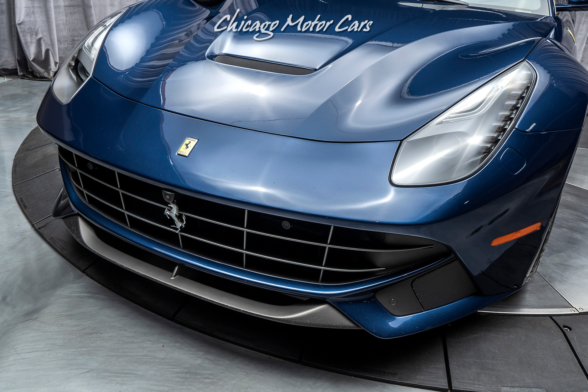 Used-2016-Ferrari-F12-Berlinetta-Coupe-MSRP-411K-CARBON-FIBER-DRIVING-ZONE--LEDS