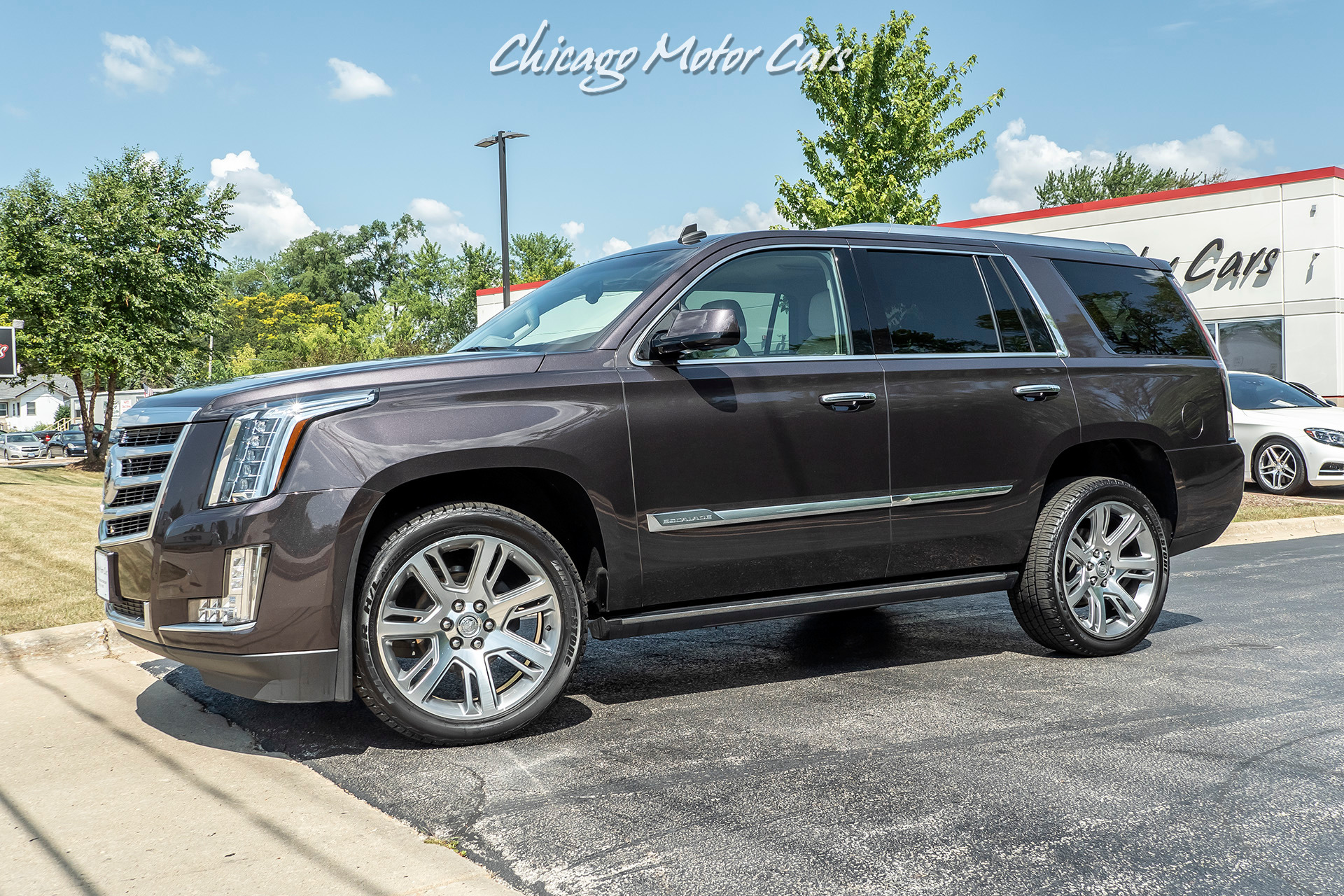 Used-2015-Cadillac-Escalade-Premium-AWD-SUV-LOADED-22-INCH-WHEELS-ONE-OWNER