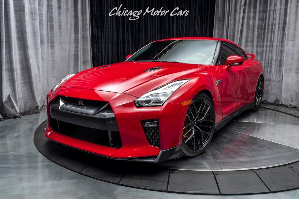 Used-2017-Nissan-GT-R-Premium-Coupe-ONLY-6K-MILES-PREMIUM-INTERIOR