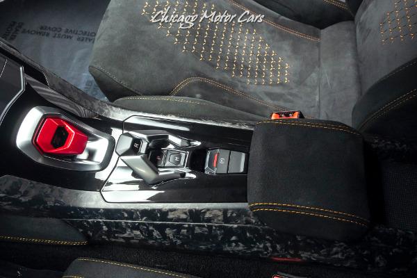 Used-2018-Lamborghini-Huracan-LP640-4-Performante-Coupe-Carbon-Fiber-LOADED-Orange