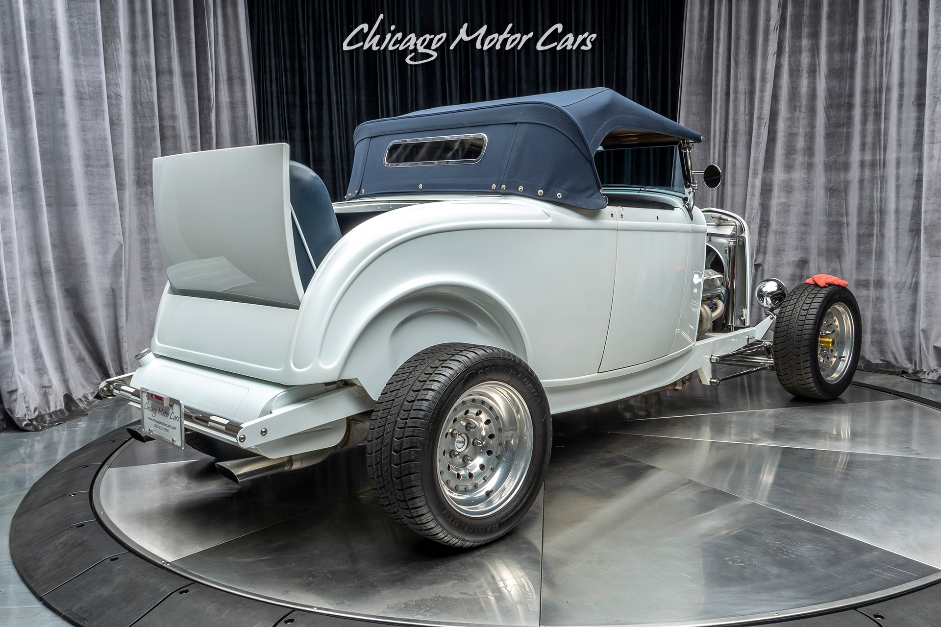 Used-1932-Ford-Custom-Roadster-BUILT-BY-MIDWEST-STREET-CUSTOMS-57-Liter-Chevrolet-350ci-V8-Engine
