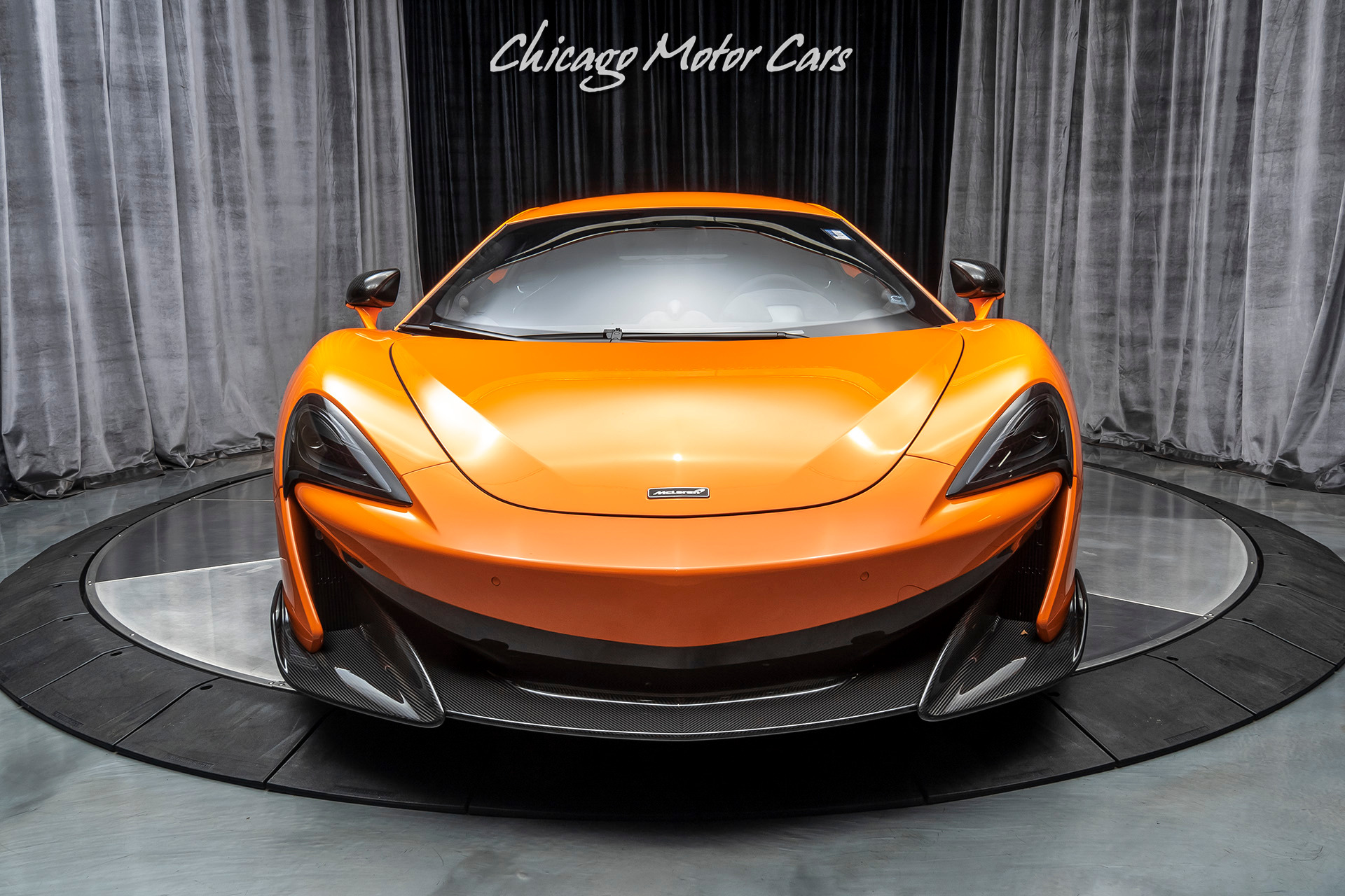 Used-2019-McLaren-600LT-Coupe-LIGHTWEIGHT-SENNA-RACING-SEATS--LOADED-wCARBON-FIBER