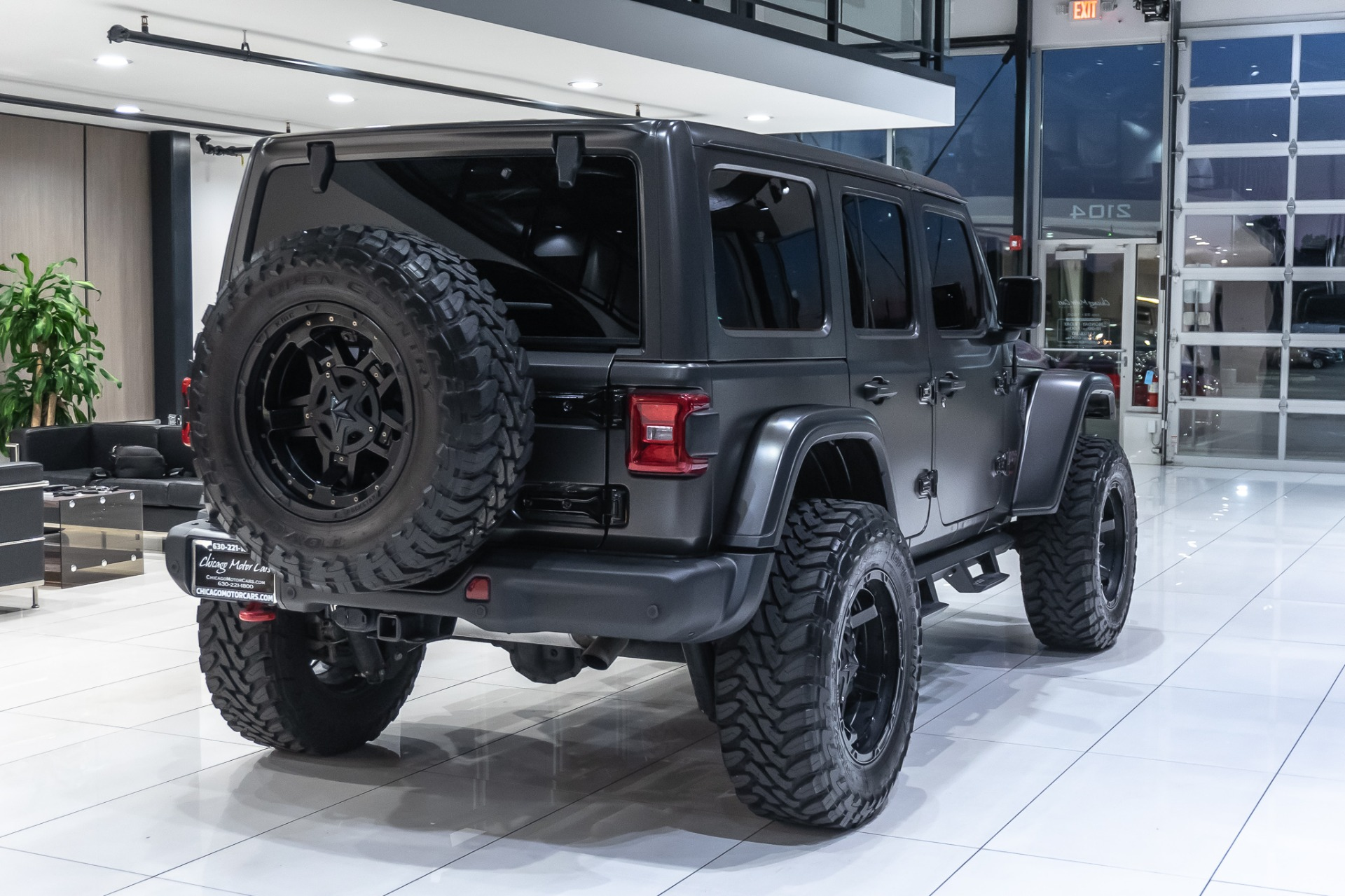 Used-2018-Jeep-Wrangler-Unlimited-Rubicon-JL-Upgrades-1-of-1-Only-5k-Miles-LOADED
