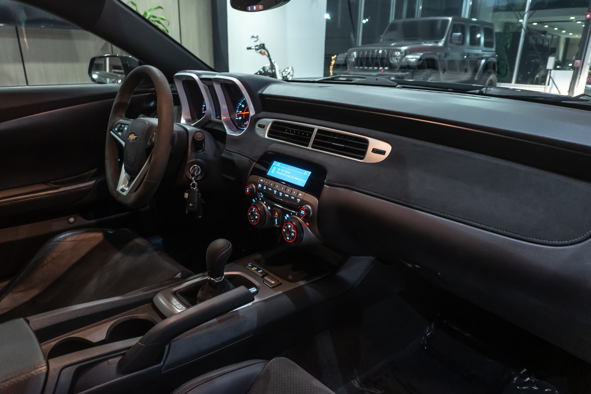 Used-2015-Chevrolet-Camaro-Z28-Coupe-AIR-CONDITIONING---AUDIO-PACKGE