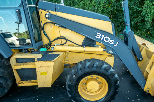 Used-2010-John-Deere-310-SJ-Backhoe-Loader