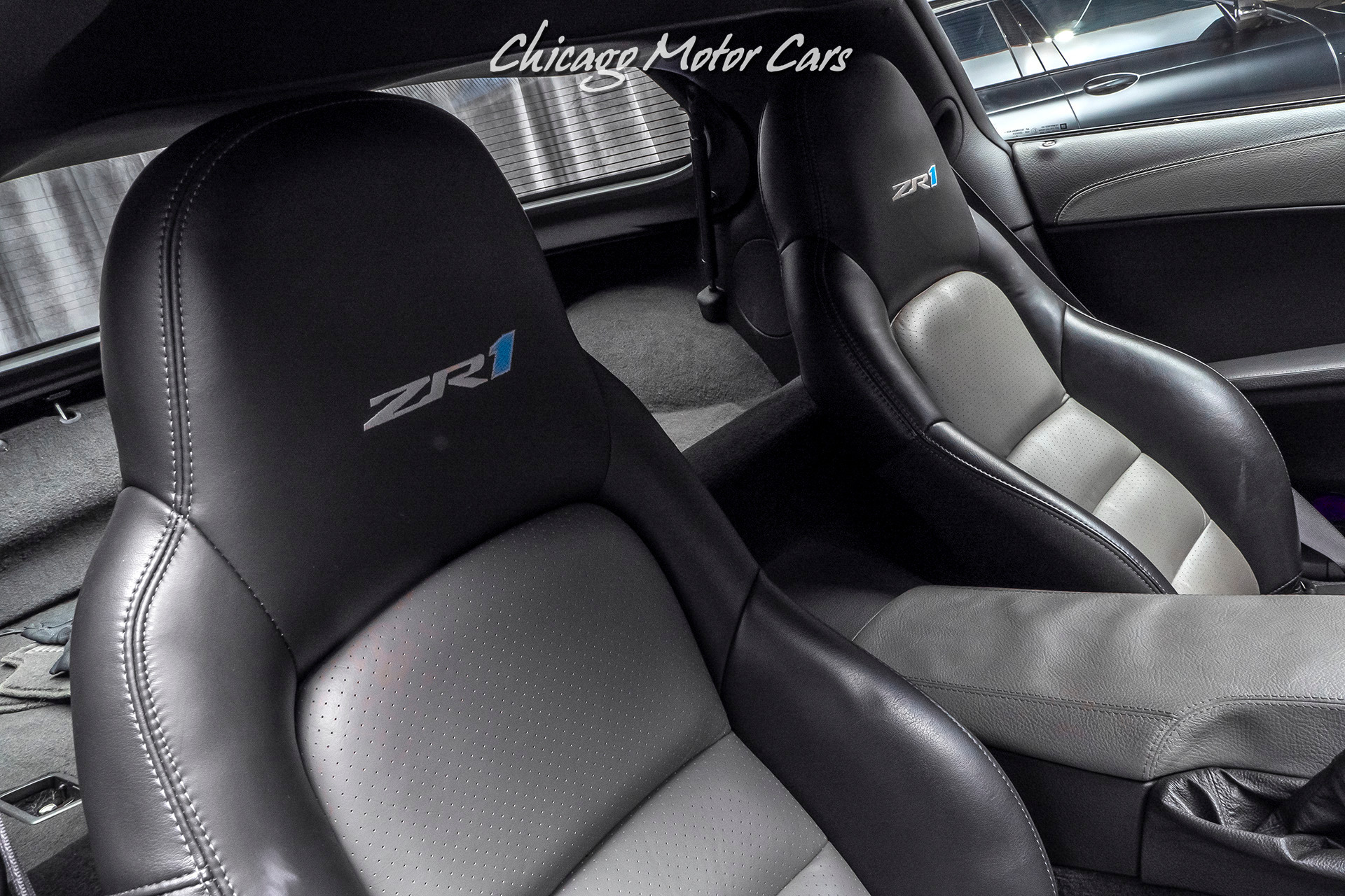 Used-2009-Chevrolet-Corvette-ZR1-FACTORY-SUPERCHARGED-V8-ENGINE-CARBON-FIBER