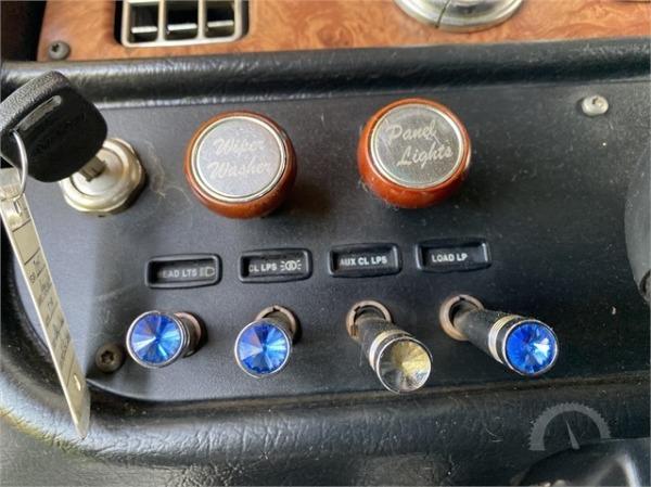 Used-2005-Peterbilt-379EXHD