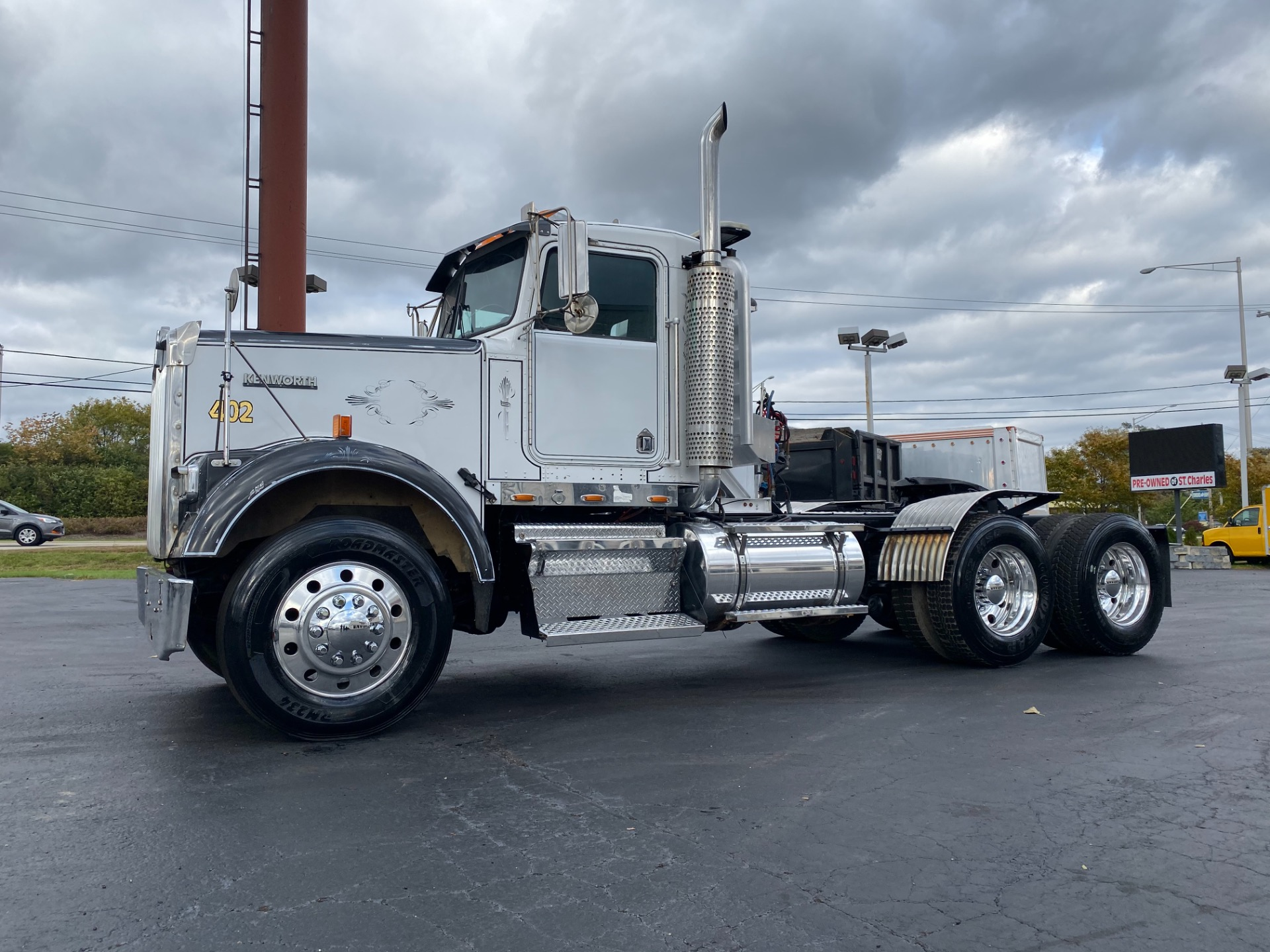 Used-1998-Kenworth-W900-Truck-Tractor