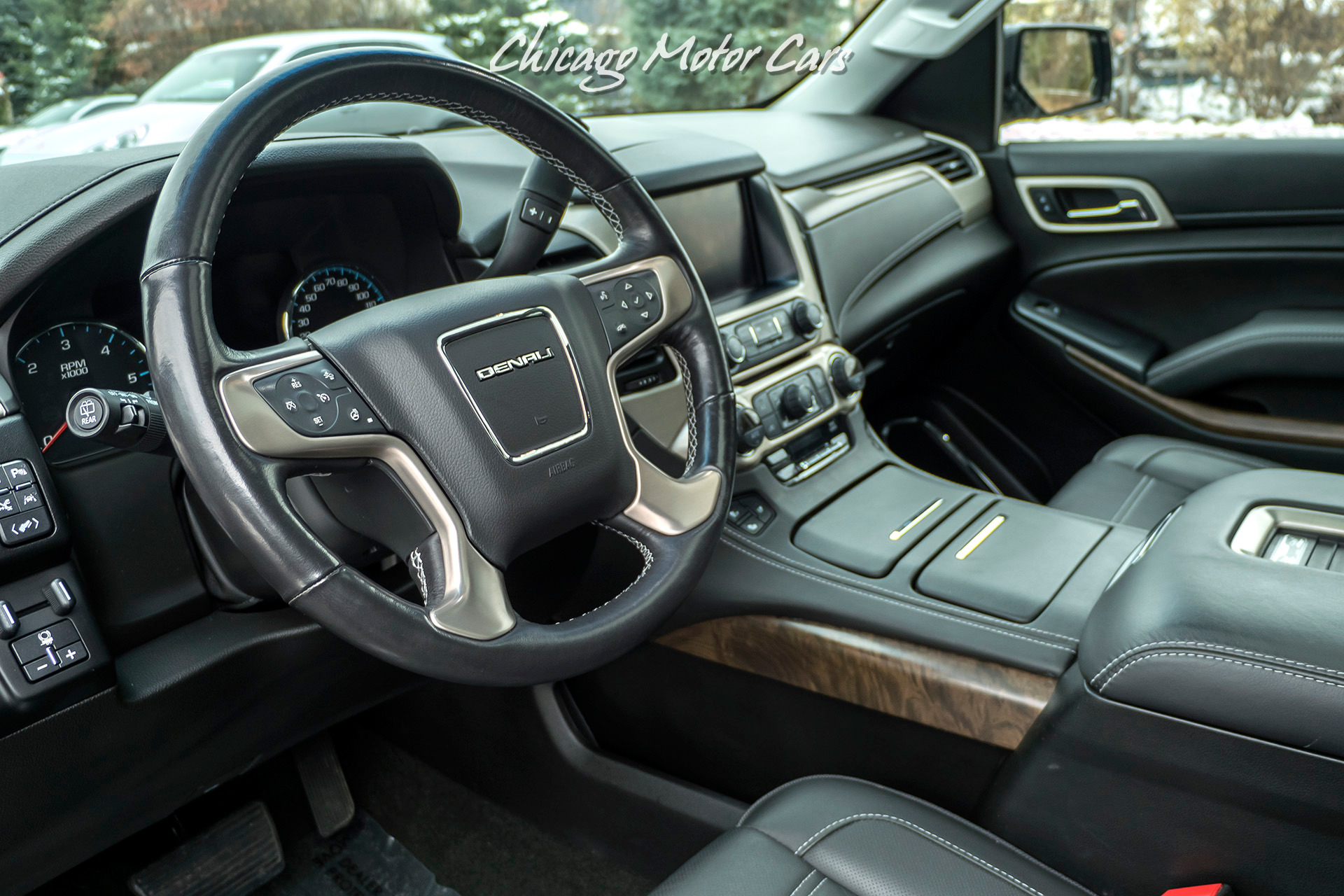 Used-2018-GMC-Yukon-Denali-AWD-SUV-MSRP-77K-DENALI-ULTIMATE-PACKAGE-ONLY-ONE-OWNER