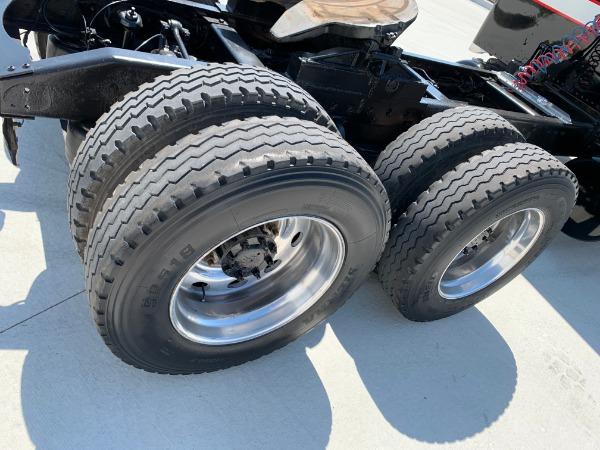 Used-1998-Peterbilt-379-Sleeper---CAT-3406---550-HP---18-Speed-Manual