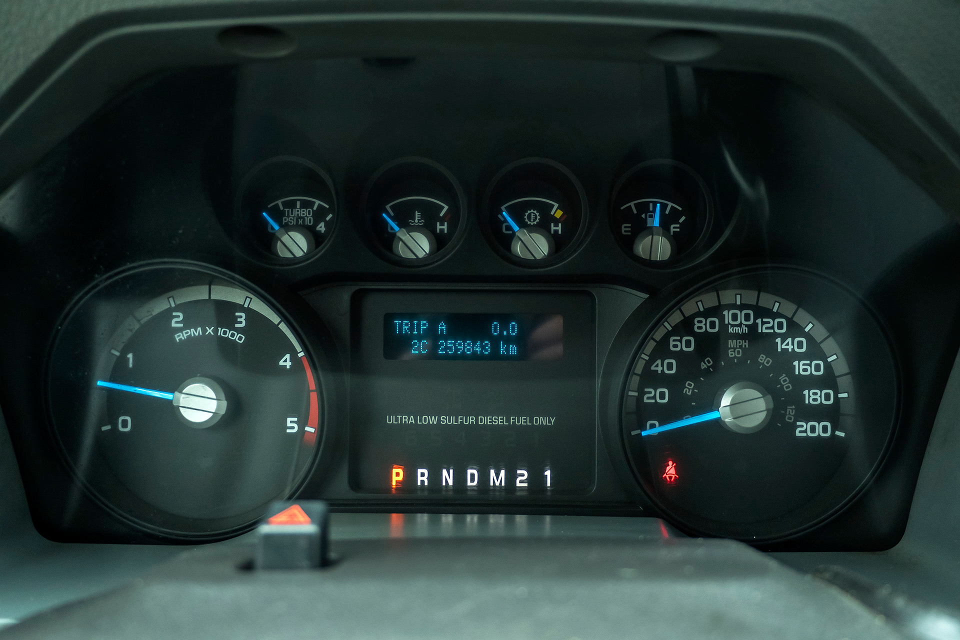 Used-2013-Ford-F550-XLT-4X4-Service-Truck