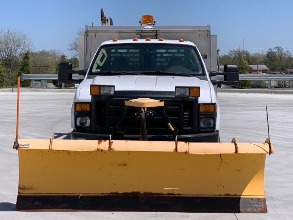Used-2009-Ford-F-350-XL-Super-Duty-with-Snow-PlowSpreaderCable-Hoist