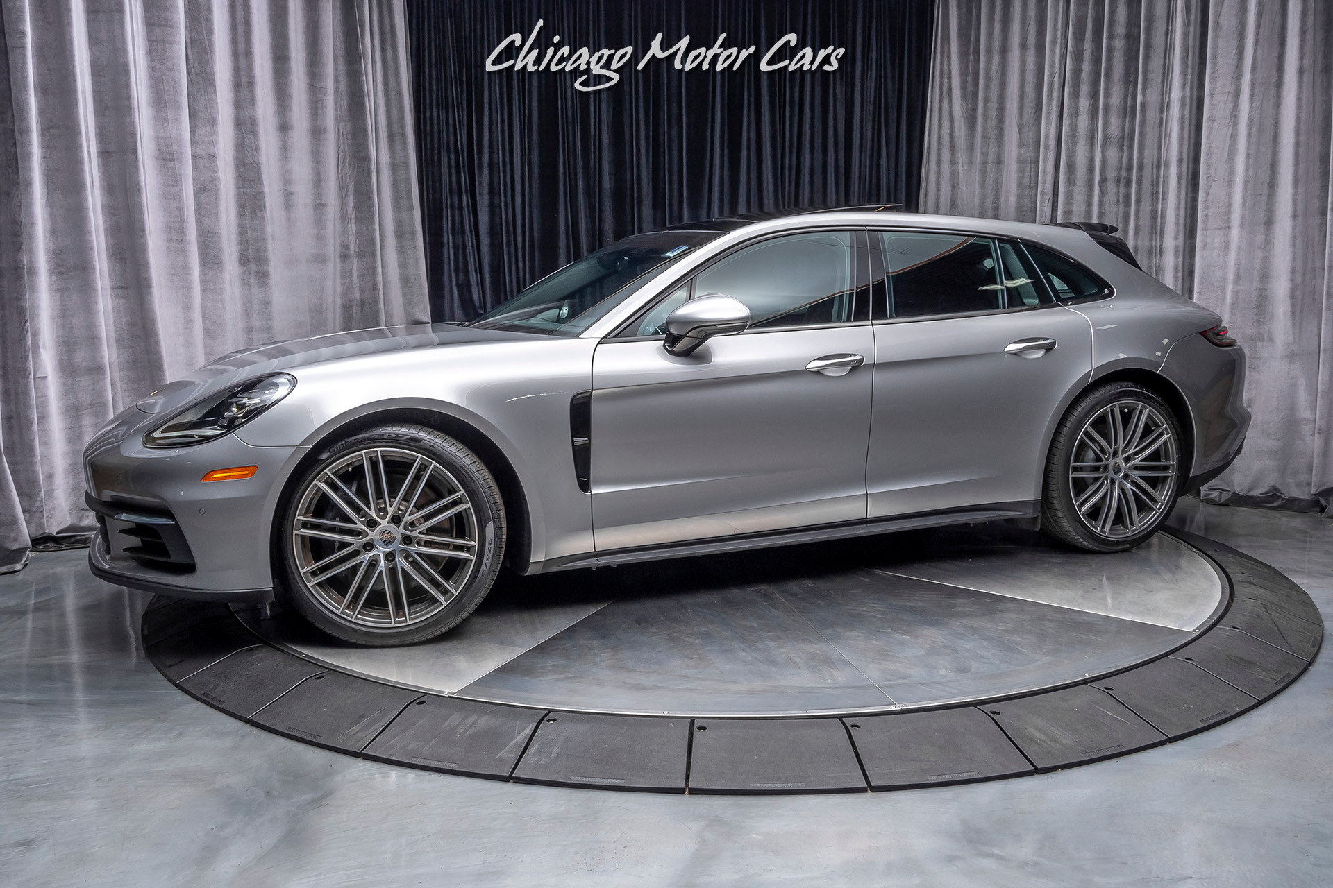 Used-2018-Porsche-Panamera-4-Sport-Turismo-ONLY-ONE-OWNER-600-MILES-MSRP-120k