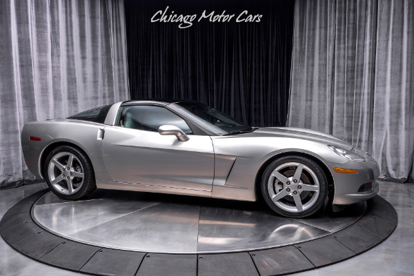 Used-2005-Chevrolet-Corvette-Coupe-Well-Maintained-APPLE-CAR-PLAY-Removable-Roof