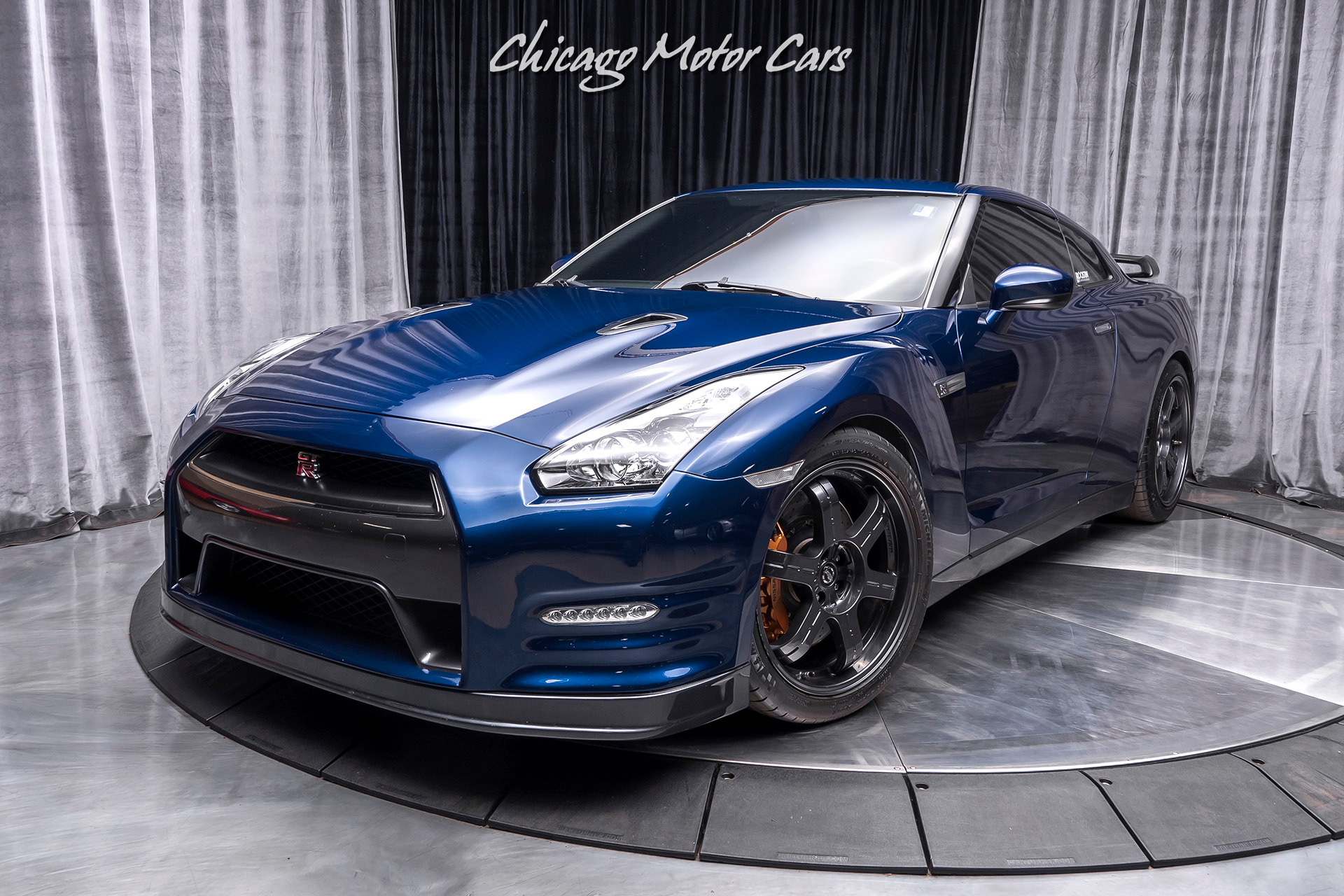Used-2013-Nissan-GT-R-Premium-Coupe-700-hp-UPGRADED-TRANSMISSION