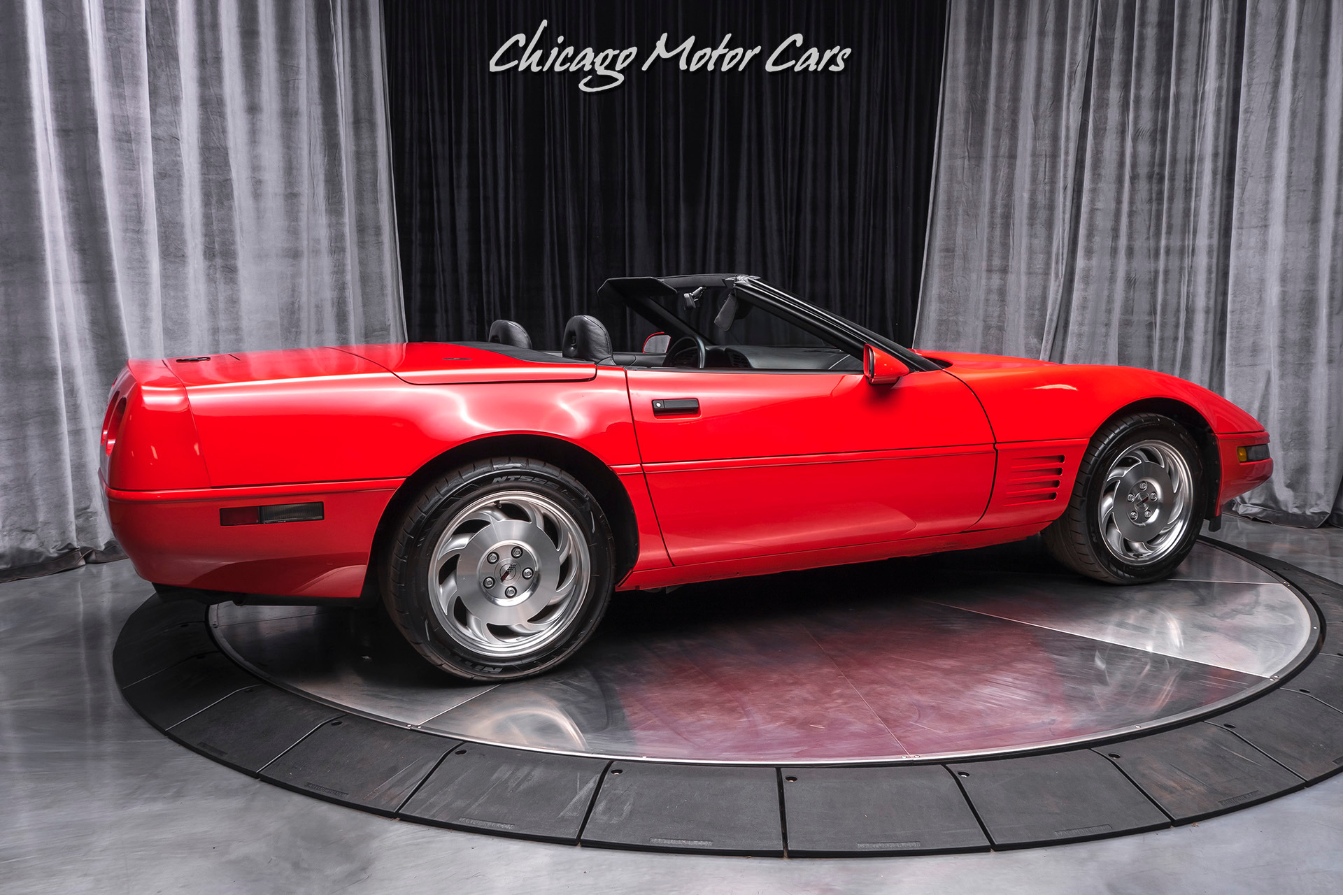 Used-1994-Chevrolet-Corvette-LT1-Convertible-DELCOBOSE-AUDIO-SYSTEM-ONLY-13K-MILES