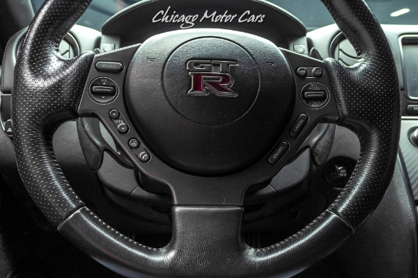 Used-2012-Nissan-GT-R-Black-Edition-Coupe-600HP-CARBON-FIBER