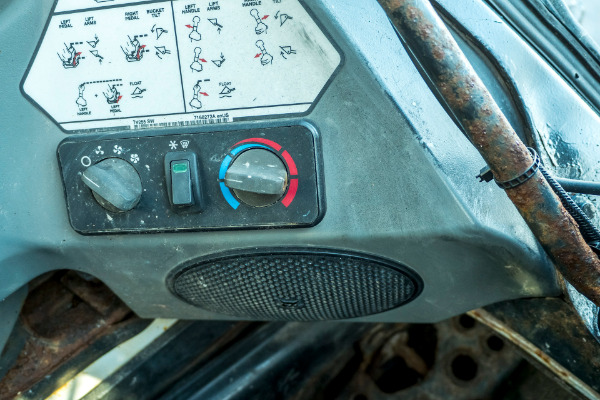 Used-2012-BOBCAT-S650