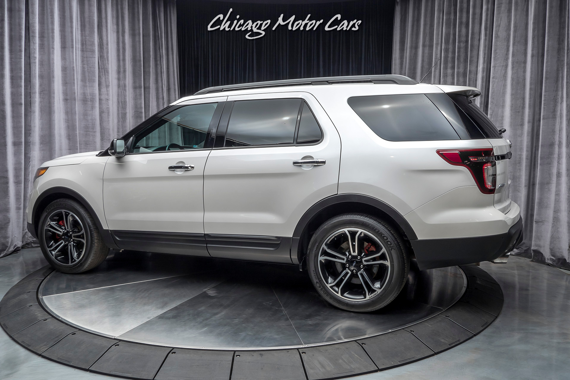 Used-2014-Ford-Explorer-Sport-Ecoboost-AWD-REAR-DVD-ONLY-22K-MILES