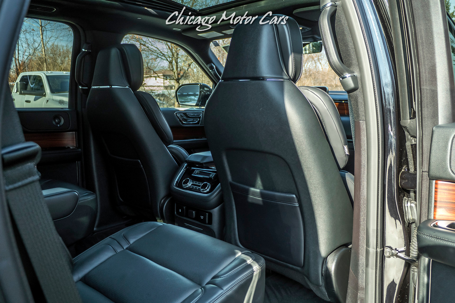 Used-2019-Lincoln-Navigator-Reserve-4X4-SUV-Perfect-Position-Seating-with-Active-Motion