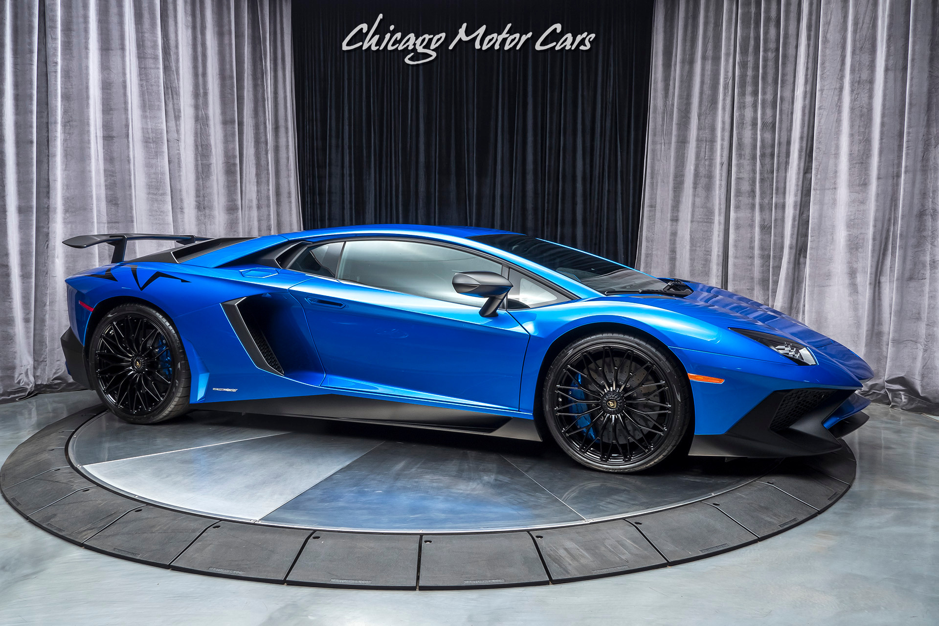 Used-2016-Lamborghini-Aventador-LP825-4-SV-Only-2k-Miles-FACTORY-POWER-PACKAGE---RACING-EXHAUST