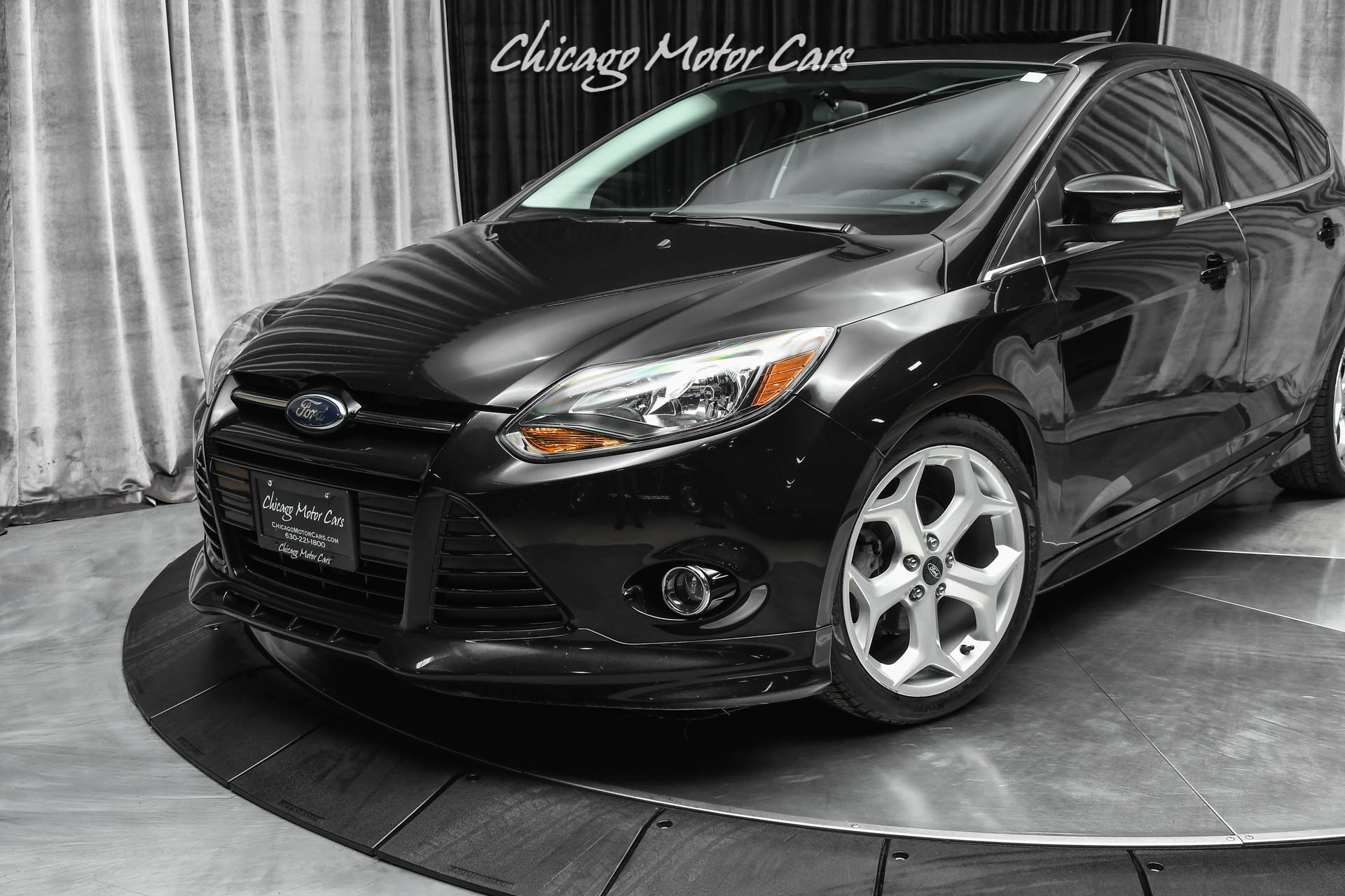 Used-2014-Ford-Focus-Titanium-Hatchback-TASTEFULLY-MODIFIED-ONLY-50K-MILES