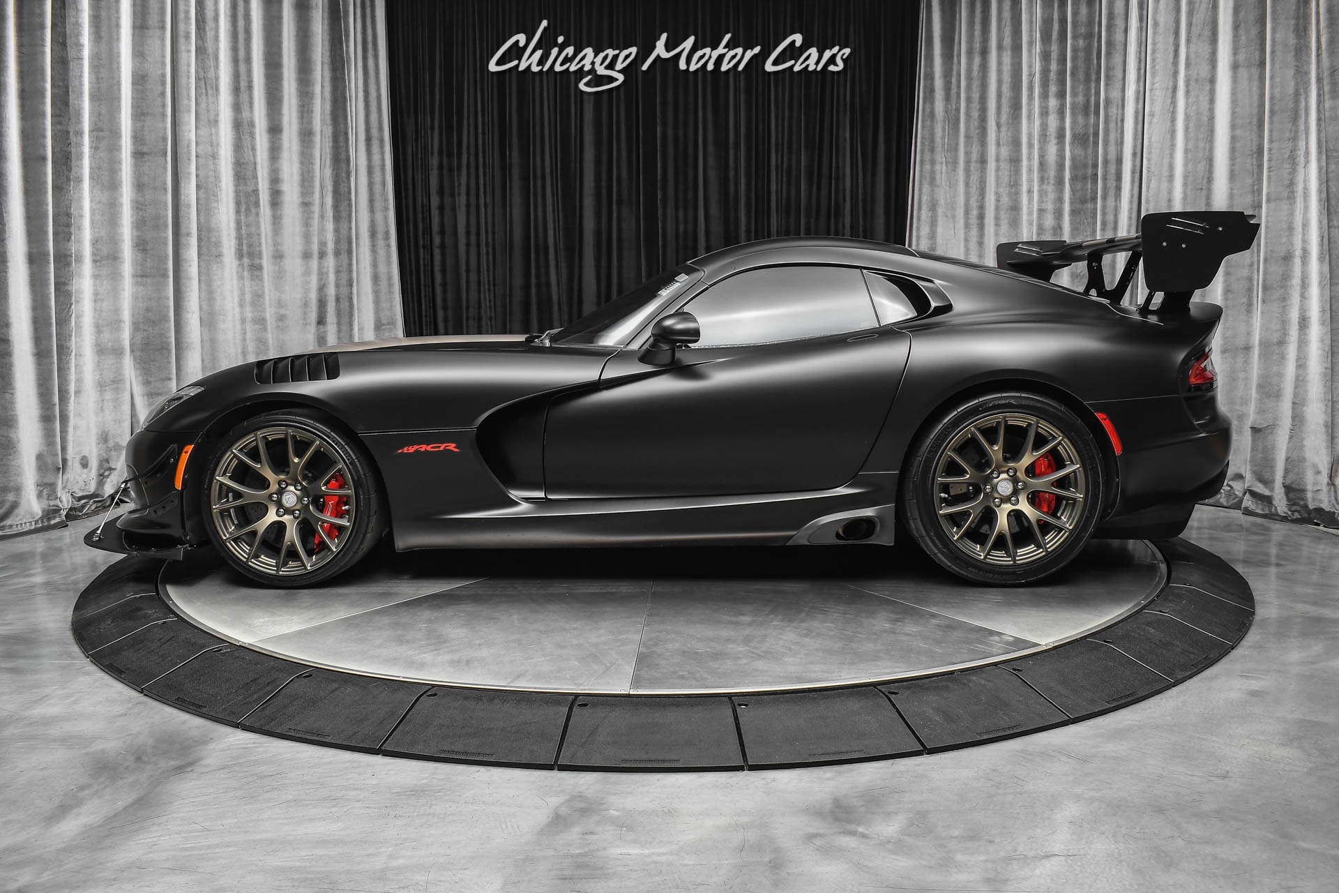 Used-2017-Dodge-Viper-GTC-ACR-Extreme-Aero-VERY-SPECIAL-FACTORY-BUILD--00001